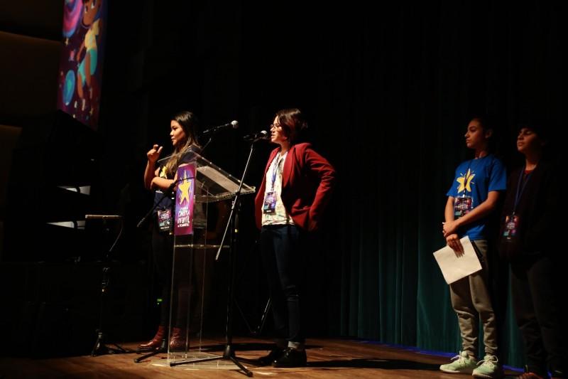 Karine ressaltou a poética de resistência do curta Lá do Alto/Foto: Caroline Arruda